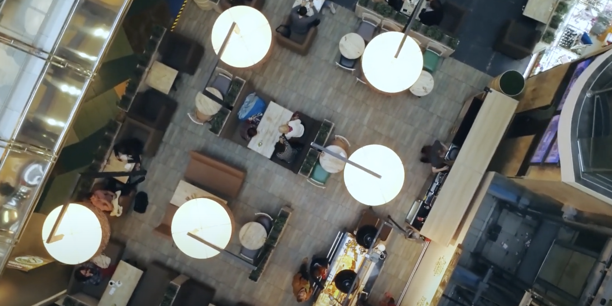 Empowering Hyatt's Distributed Staff with a Digital Workplace